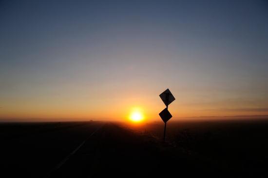 標識~日の出