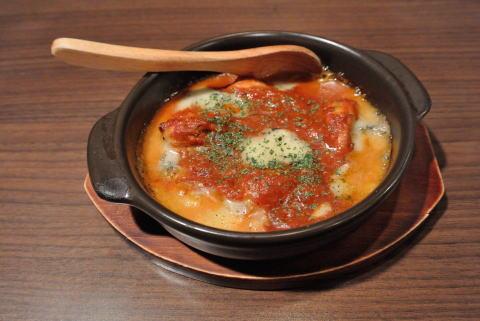 牡蠣のガーリックトマト煮 ゴルゴンゾーラ焼き