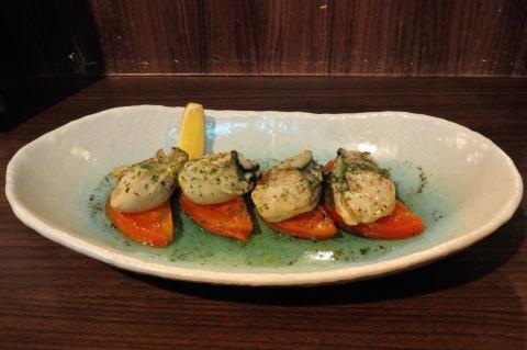 牡蠣とトマトのホットマリネ