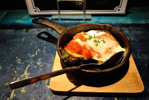米茄子のトマトチーズ焼き