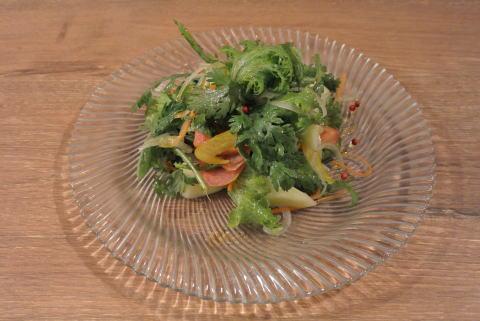 季節果実の彩サラダ