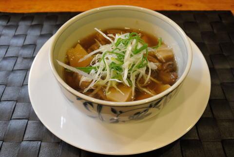 香福豚もつと地場産たけのこのゆずこしょう煮