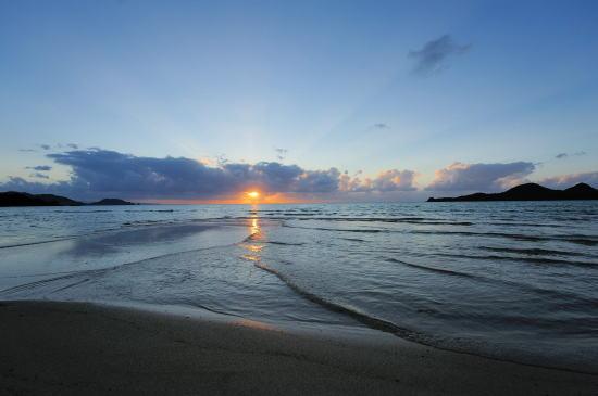 底地ビーチの夕日
