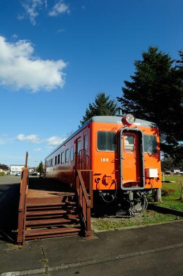 川北駅跡に展示されているキハ22 168