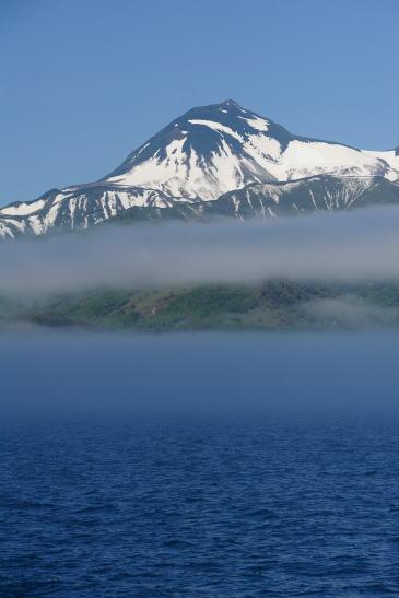 残雪の羅臼岳