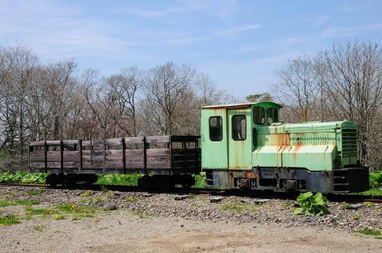ディーゼル機関車とミルクゴンドラ(牛乳運搬車)