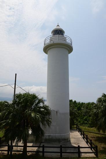 鳩間島灯台