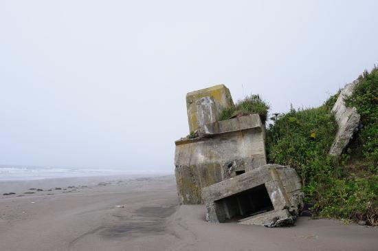 落石(三里浜)のトーチカ