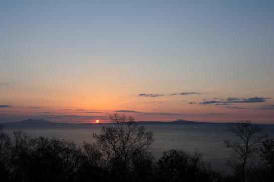 国後島の日の出