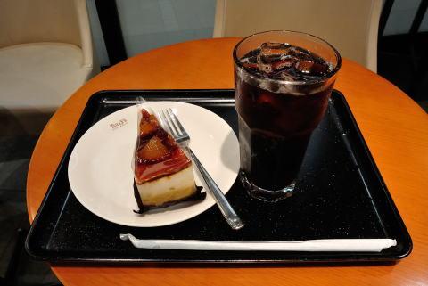 アイスコーヒー Tサイズ 、リンゴのシブースト