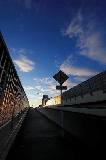 国道16号 谷口陸橋の朝