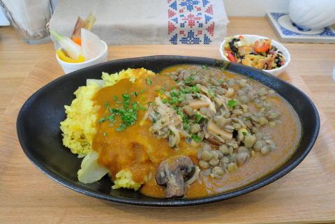 カレー(キノコとレンズ豆)