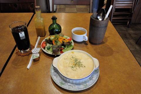 チキングラタン(スープ付き)+サラダとランチドリンク(ランチに追加)