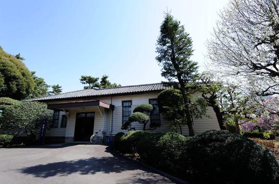 旧日本陸軍通信学校将校集会所(相模女子大校内)