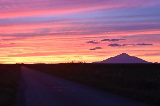 原野の夕空