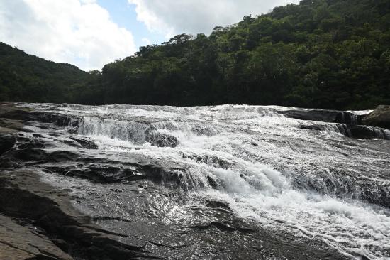 カンビレーの滝