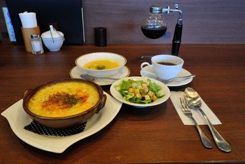 海老とトマトのクリームドリア、サラダ付き+本日のスープ 、本日のストレートコーヒー