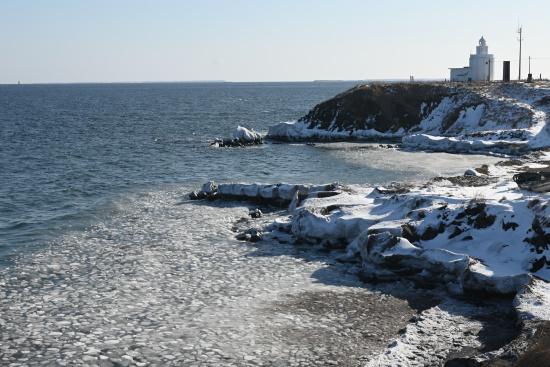 冬の納沙布岬灯台