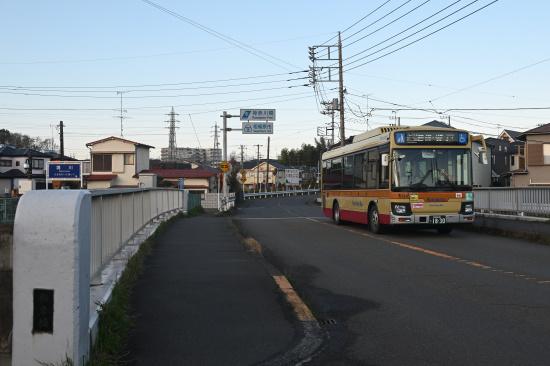 神奈中バス 淵24系統