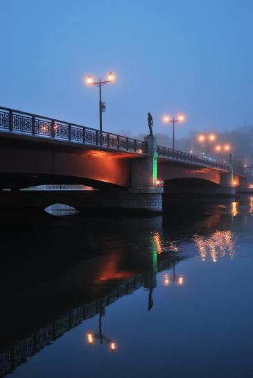 幣舞橋の夕暮れ
