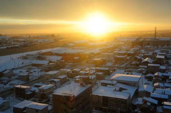 釧路プリンスホテルより冬の夕日