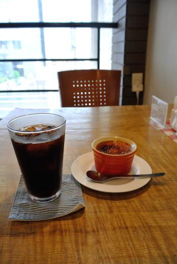 アイスコーヒーとクリームブリュレ