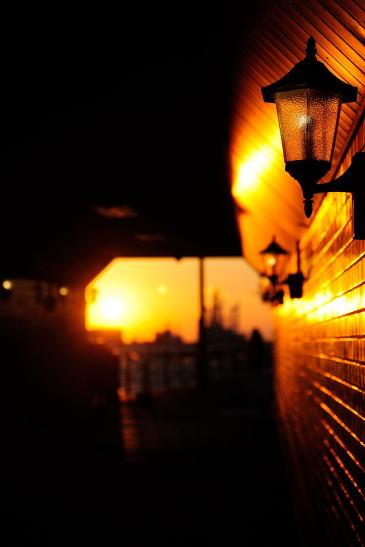 夕日のトンネル