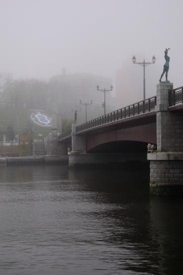 霧の幣舞橋