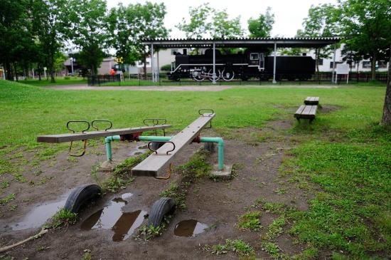雨上がりの幸町公園