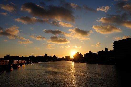 旭橋からの夕日