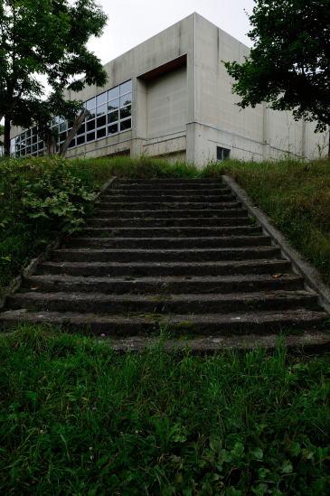 旧東栄小学校
