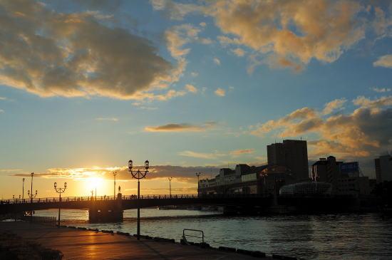 釧路川の夕日