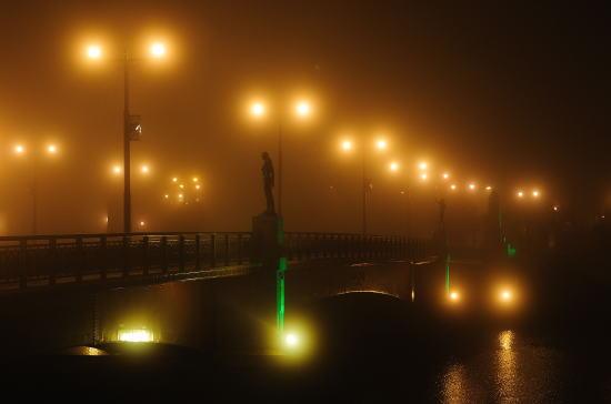 霧の夜の幣舞橋