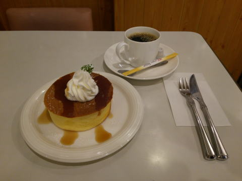 ケーキセット(窯焼きホットケーキ)