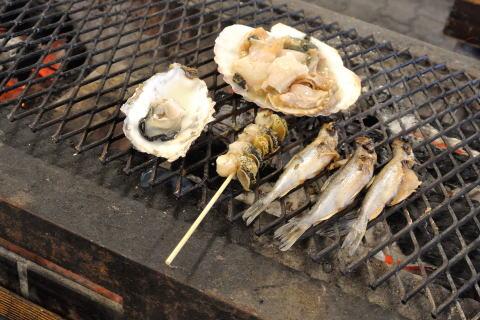 牡蠣、帆立、つぶ、ししゃも