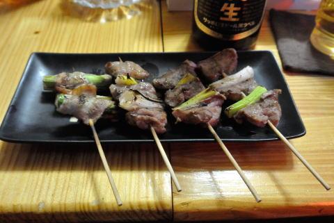 焼き鳥(豚串、アスパラベーコン巻)