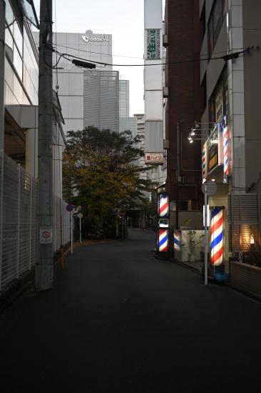 夕暮れの路地裏