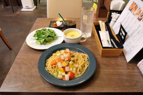 彩野菜パスタ