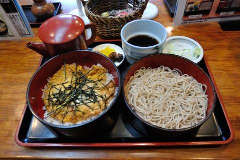 日替り(たまご丼、おそばセット)